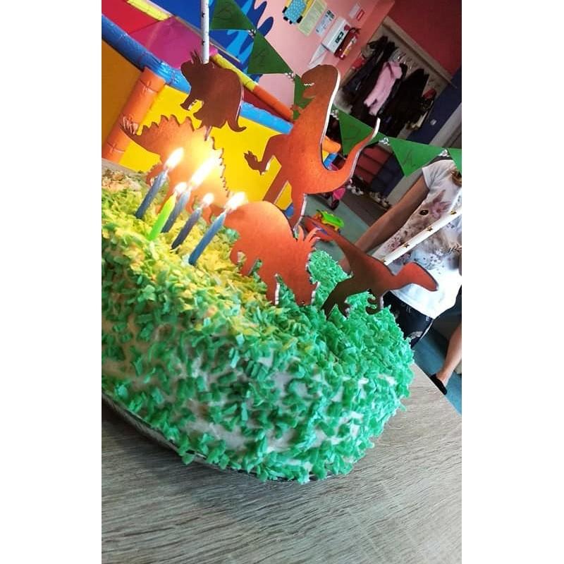 Topper na tort dla dzieci - dinozaury