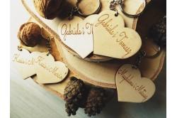 brelok z grawerem drewniany